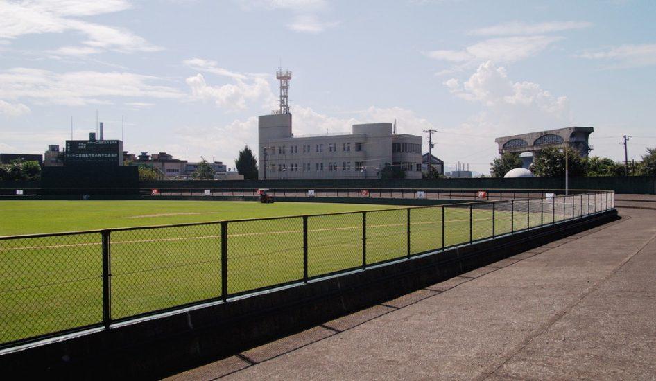 福井市営球場