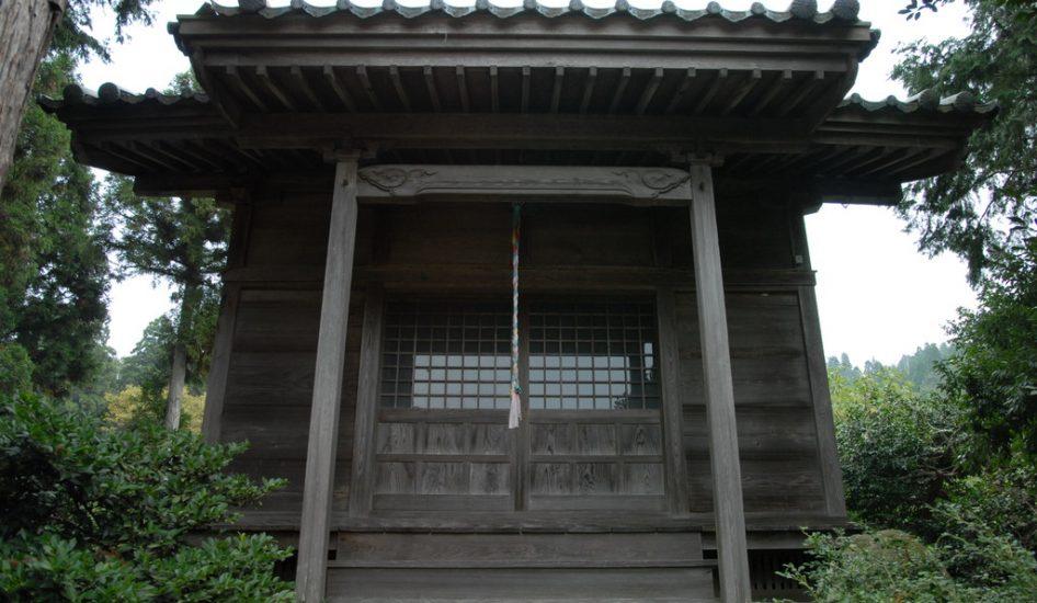 真光寺八幡神社古式鳥居